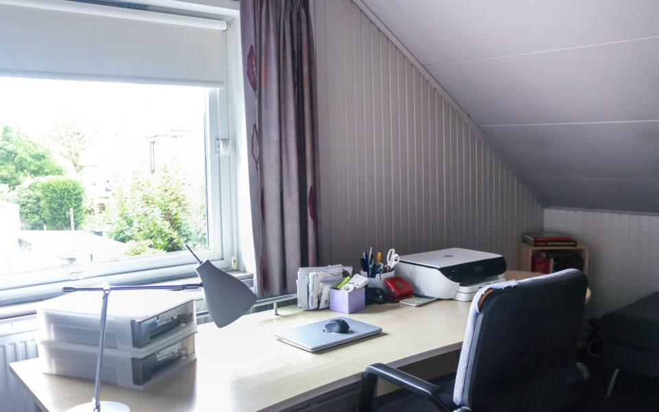 Slaapkamer/werkkamer